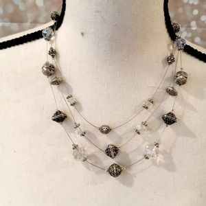 ⭐️2 for $25: Chico's three tier necklace